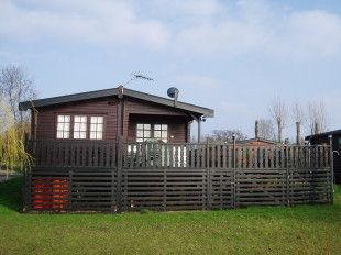 House - Houses - 3 bedroom Chalet to rent Buckden Marina