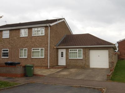 House - Houses - 3 bedroom semi detached house to rent Huntingdon