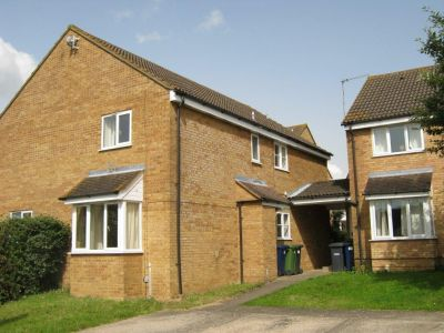 House - Houses - 2 bedroom cluster house available for rent in Godmanchester