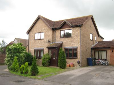 House - Houses - 3 Bedroom Semi Detached house available for rent in Warboys