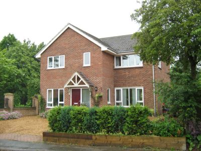 House - Houses - 4 bedroom detached house to rent in Tilbrook